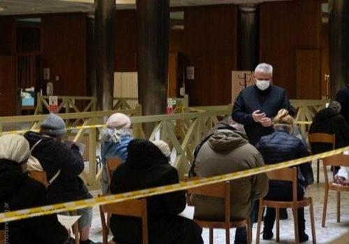 El Vaticano vacunará a 1.200 sin techo en la Semana Santa